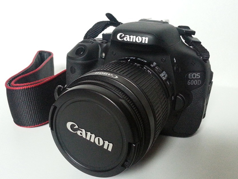 1367183138_505894034_11-Canon-600D-DSLR-with-Warranty-